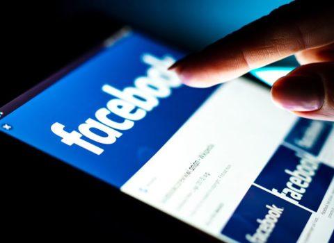 """""""Facebook""""dan milyonlarla insanın məlumatlarının oğurlanmasına REAKSİYA"""