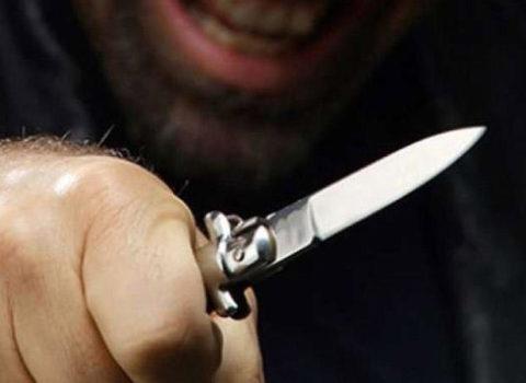 Azərbaycanda DƏHŞƏTLİ QƏTL: Liftdə arvadına 48 bıçaq zərbəsi vurub başını kəsdi