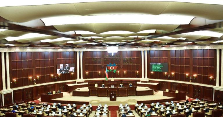 Dövlət büdcəsinin icrasına dair sənəd QƏBUL EDİLDİ