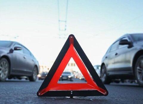 Bakıda 21 yaşlı gənci avtomobil vurdu