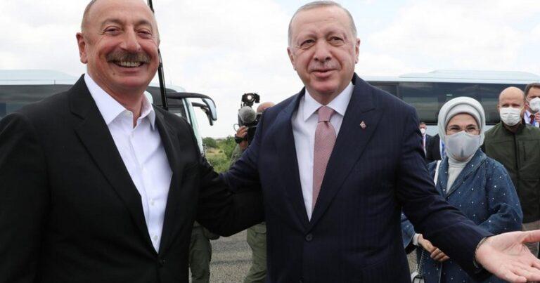 Prezidentlər Şuşada musiqili kompozisiya izlədi